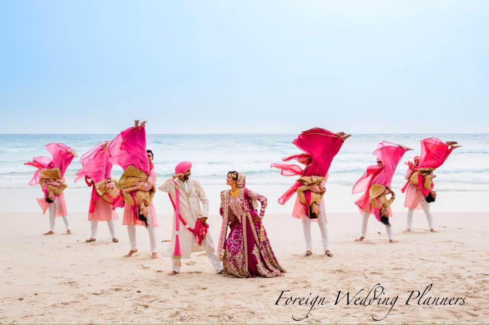 WeddingSutra – Real Wedding of Poonam and Kiranjit